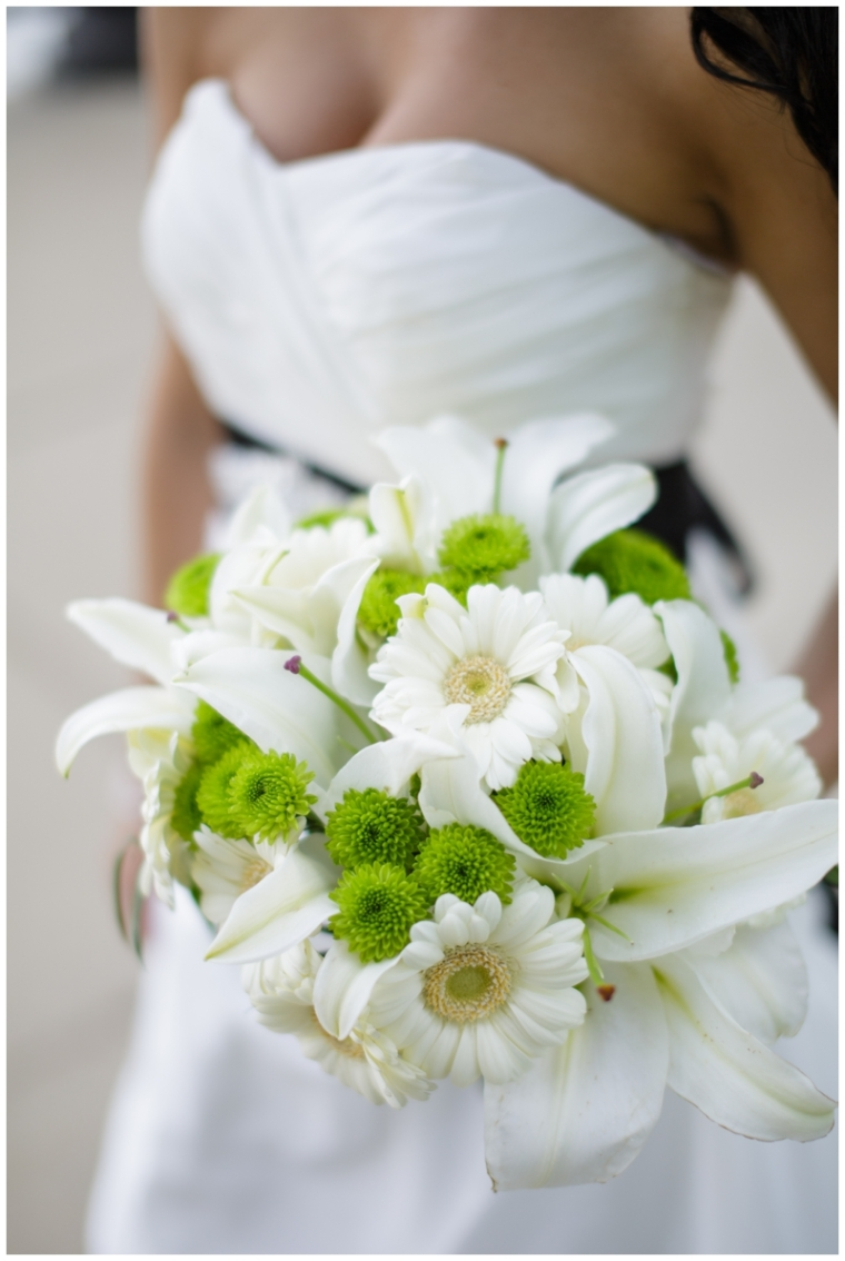 daisy and lily bouquet